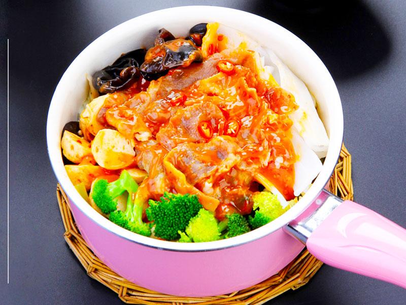壹食一焖锅饭 2018受欢迎焖锅饭加盟品牌
