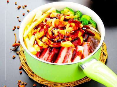 壹食一焖锅饭加盟费多少钱