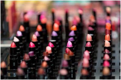 MAC化妆品加盟投资贵不贵