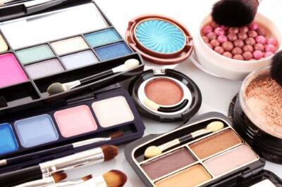 mac化妆品做县级代理商要多少*