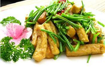 正宗香菜炒豆腐的做法 香菜炒豆腐怎么做