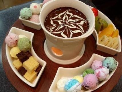 冰淇淋火锅是什么 怎么做冰淇淋火锅