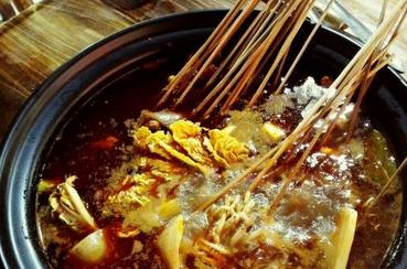 乐吃砂锅串串香加盟多少钱?乐吃砂锅串串香加盟流程是什么