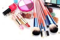 开化妆品店选择哪个品牌好