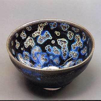 曜变天目盏 这种宋代建窑的稀世珍宝是怎样形成的