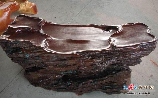 阴沉木根雕茶台是什么样的
