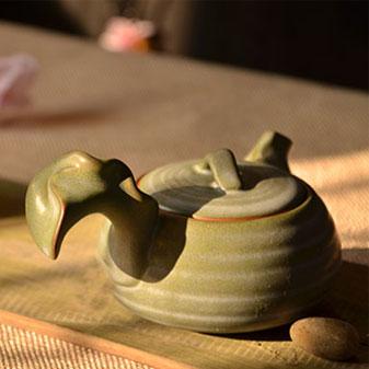 茶叶加盟店里必须有的纯手工制作陶土茶具