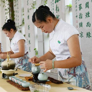 2016年暑期茶艺师培训需要多少钱 考茶艺师好在哪