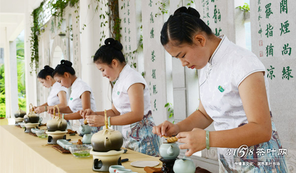 2016年暑期茶艺培训需要多少钱