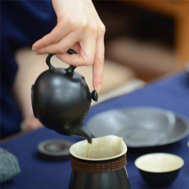 高级茶艺师是什么样的