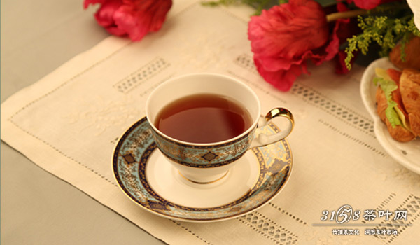 教你如何高逼格地喝英式红茶图片