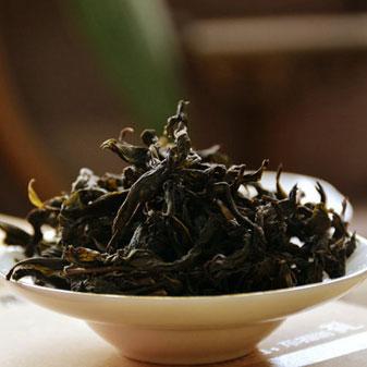 关于单丛茶的价格 凤凰单丛的价格和什么相关