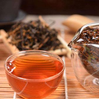 如何辨别一款好的红茶 红茶汤色越红越好吗