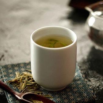 西湖龙井茶的泡法没有那么玄 西湖龙井能泡几次