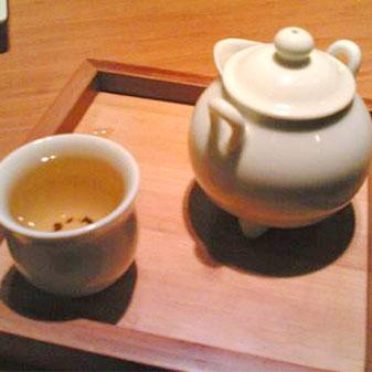 不是老北京还拿大缸喝茶?快来Get正确的品茶姿势