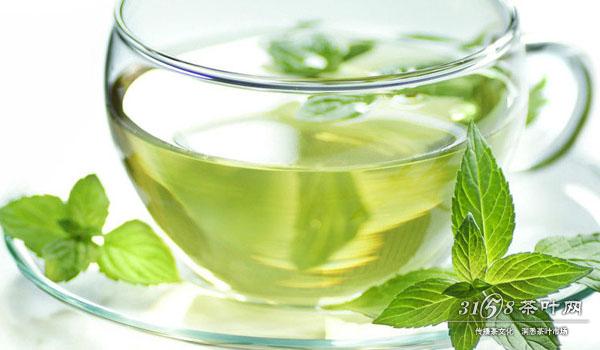 夏天喝绿茶有什么好处 夏天为什么要喝绿茶