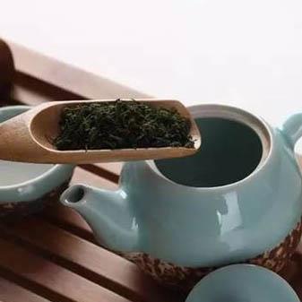 取茶别再用手抓 专用茶则来帮你