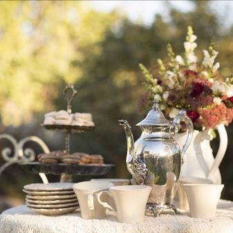 英式下午茶会如何办 需要怎样的布置场景