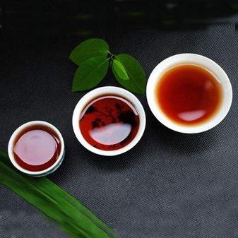 如何选购好喝的普洱茶 正确辨别普洱茶的优劣