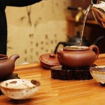 泡个茶还要讲究用什么水 有必要吗