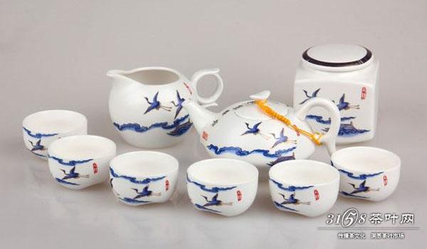 瓷器茶具.jpg