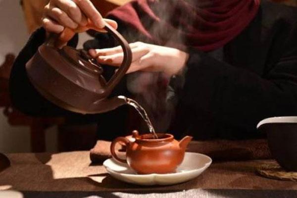 安溪茶校告诉你 一杯茶泡几次为宜